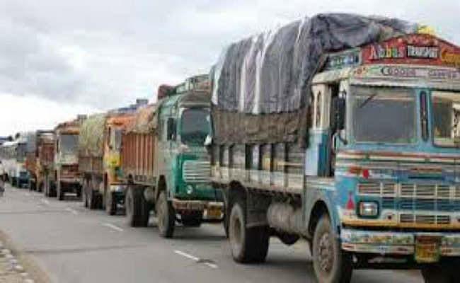 बर्दवान :  जिले की 10 ग्रामीण सड़कों पर नहीं चलेंगे भारी वाहन