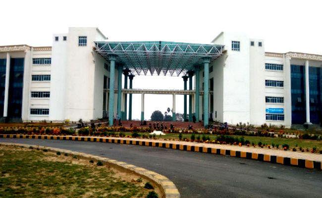 IIT पटना में रिकॉर्ड कैंपस प्लेसमेंट, माइक्रोसॉफ्ट और गूगल सहित 115 कंपनियों ने ऑफर किए बंपर पैकेज