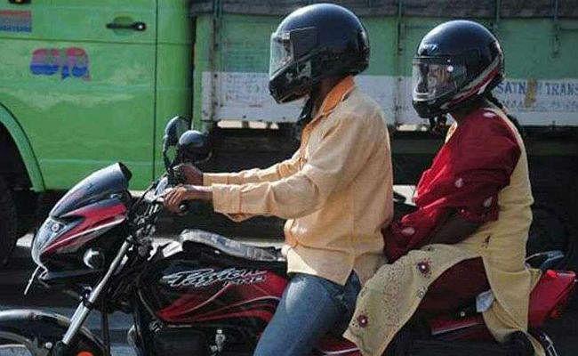 परिवहन विभाग का प्रस्ताव, दो हेलमेट नहीं, तो दोपहिया वाहन का नहीं होगा निबंधन