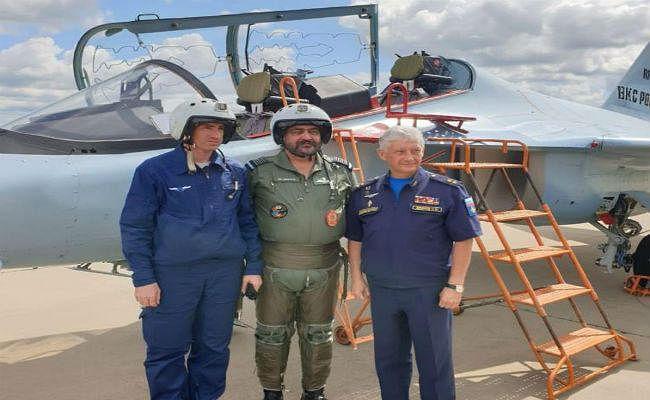 वाइस चीफ एयर मार्शल ने भरी राफेल में उड़ान,कहा-  गेम चेंजर साबित होगी राफेल और सुखोई की जोड़ी