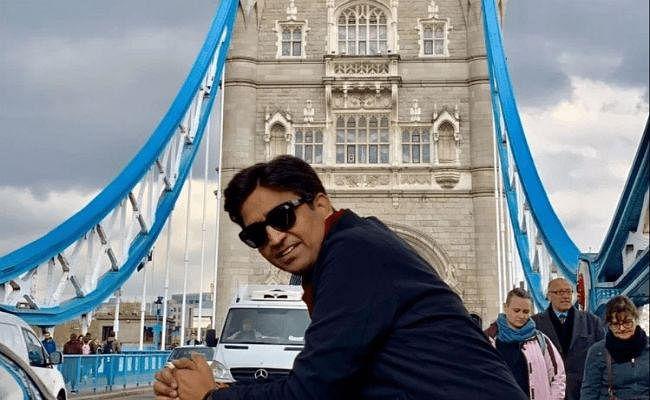वर्ल्ड चैंपियन बनने के बाद भी इंग्लैंड में ''सन्नाटा'', कुमार विश्वास बोले- हम जीतते तो धुआं-धुआं कर देते