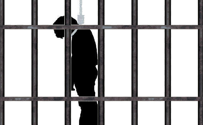 पूर्व विधायक के पोते ने दरभंगा मंडल कारा में की खुदकुशी, परिजनों ने पुलिस पर लगाया पीट कर हत्या करने का आरोप