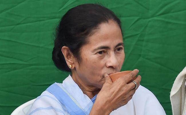 ममता बनर्जी ने फिर मतपत्र से मतदान कराने की उठायी मांग, इवीएम हटाने पर दिया जोर