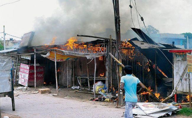 पटना : जिला पार्षद के बेटों व भाई ने एक किमी तक सफारी गाड़ी से खदेड़कर नाबालिग को मारी गोली, मौत