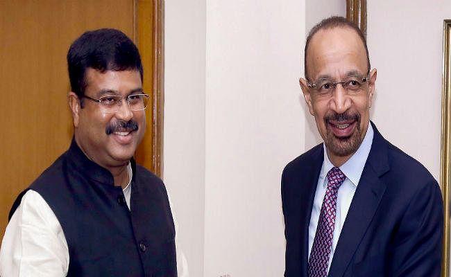 भारत ने सऊदी अरब के पेट्रोलियम मंत्री से की क्रूड ऑयल के दाम को उचित स्तर पर रखने की मांग