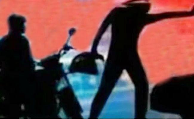 कुजू में दिन दहाड़े 46 हजार रुपये की लूट, बाइकर्स गैंग ने दिया घटना को अंजाम