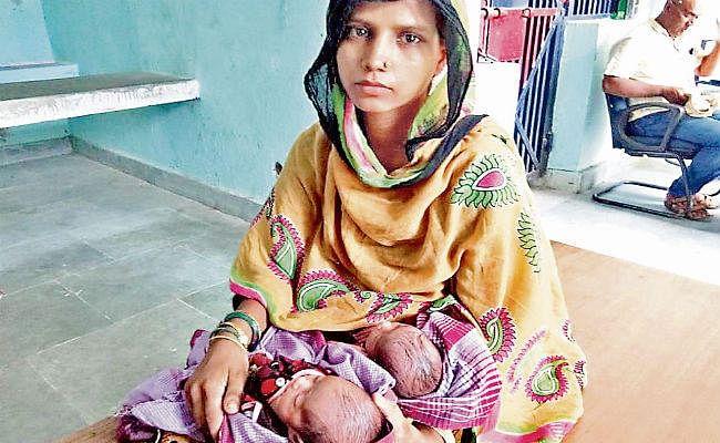 सुपौल : तीन बेटियों को जन्म देना पड़ा भारी पति ने सऊदी से फोन पर दिया तलाक