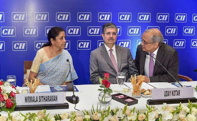 वित्त मंत्री से बैठक के बाद कोटक ने कहा, जम्मू-कश्मीर में निवेश गतिविधियों का समर्थन करेगा CII