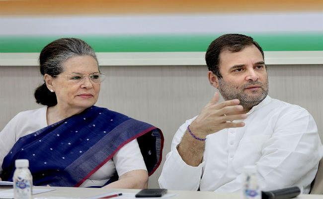 इस्तीफा वापस लेने से राहुल का इनकार, सोनिया बनीं अंतरिम अध्यक्ष