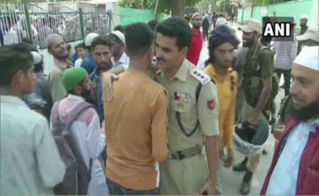 जश्न-ए-ईद पर कश्मीर घाटी में अमन-चैन, राज्य में फिर घूमे NSA अजीत डोभाल