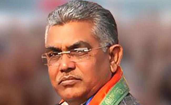 पश्चिम बंगाल : दुर्गा पूजा में काला धन खपाते हैं तृणमूल कांग्रेस के नेता, भाजपा का सनसनीखेज आरोप