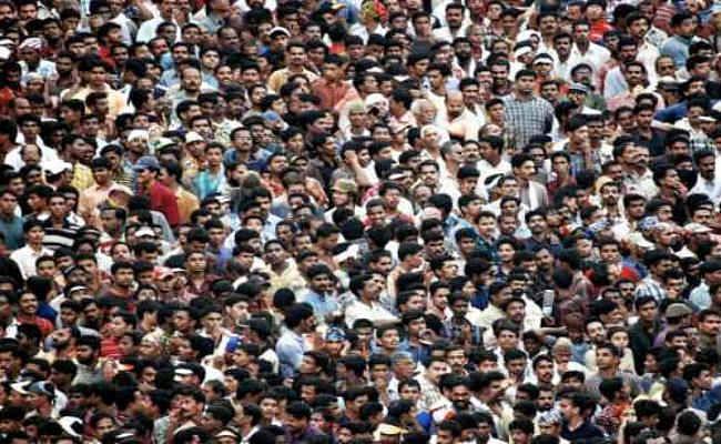 जनसंख्या विस्फोट का कारण धर्म नहीं, सामाजिक बुराइयां...