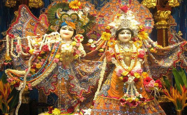 Krishna Janmashtami महोत्सव ब्रज में दो दिन का, मुख्य मंदिरों में जन्मोत्सव 24 को