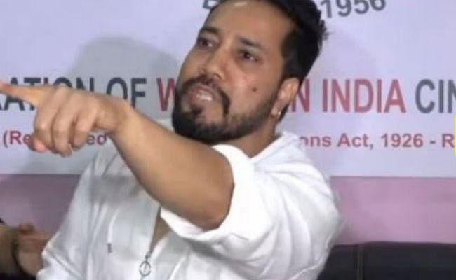 मीका सिंह ने मांगी माफी, फिर सवालों से इरिटेट होकर छोड़ी प्रेस कॉन्फ्रेंस