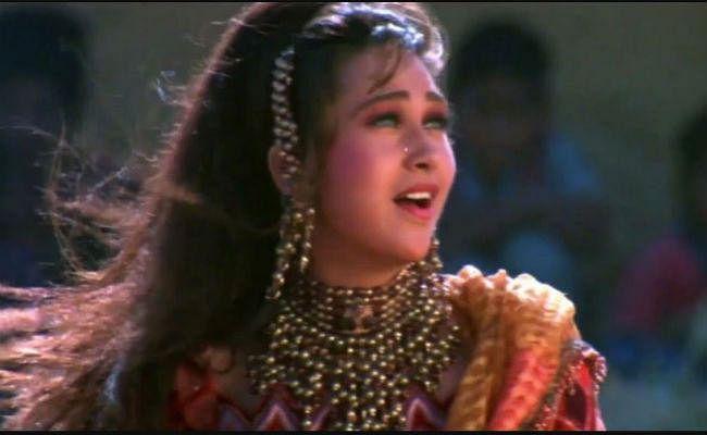 करिश्मा कपूर का खुलासा- इस गाने के लिए बदली थी 30 बार ड्रेस