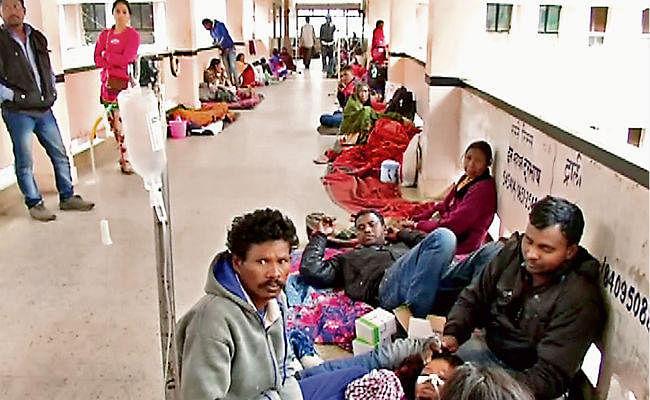 भारत में अस्पतालों से खुश नहीं हैं लोग, बढ़ रहा असंतोष