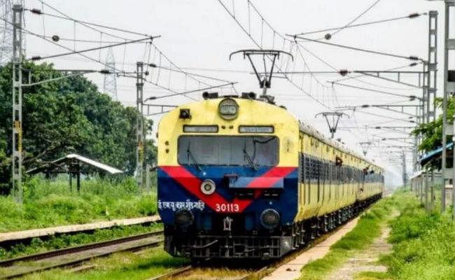 पटना :निर्माण कार्य को लेकर 18 अक्तूबर तक प्रत्येक शुक्रवार को रद्द रहेंगी दो मेमू ट्रेनें
