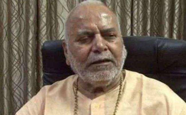 स्वामी चिन्मयानंद मामले में सुप्रीम कोर्ट ने लिया स्वत: संज्ञान, शुक्रवार को सुनवाई