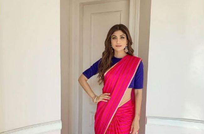 पीएम मोदी के फिट इंडिया के साथ शिल्पा शेट्टी, ऐसा था साड़ी लुक