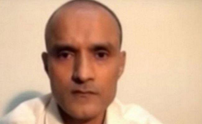 जाधव पर गलत बयान के लिए दबाव बना रहा पाकिस्तान : भारत