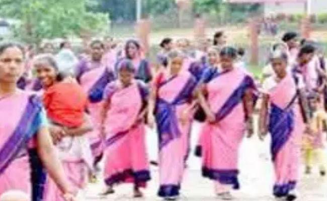 आंगनबाड़ी कर्मियों की मांगों पर समाज कल्याण विभाग ने मंत्री को दी रिपोर्ट, 45-50 वर्ष तक की सेविका बन सकेंगी पर्यवेक्षक