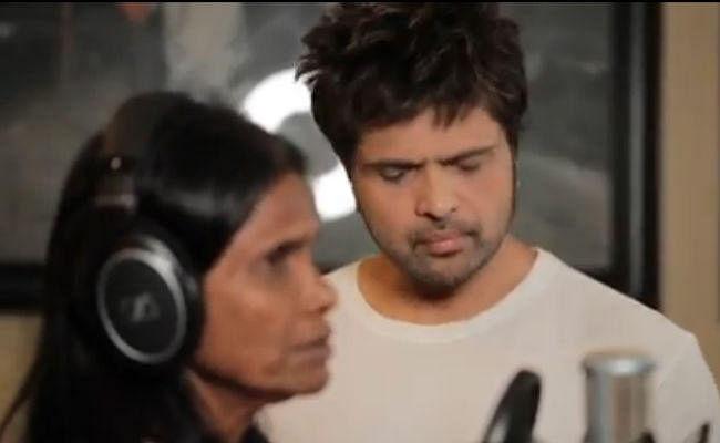 रानू मंडल ने हिमेश रेशमिया के साथ गाया ''आशिकी में तेरी'' सॉन्ग, बार-बार देखा जा रहा है VIDEO