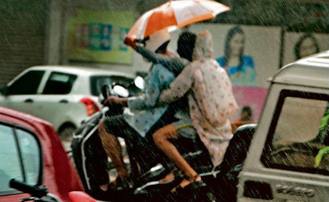 विदाई के समय मॉनसून मेहरबान, झमाझम बारिश