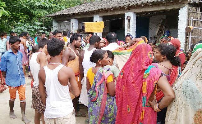 मुजफ्फरपुर : शौचालय की टंकी में दम घुटने से एक ही गांव के चार मजदूरों की मौत, गांव में पसरा सन्नाटा