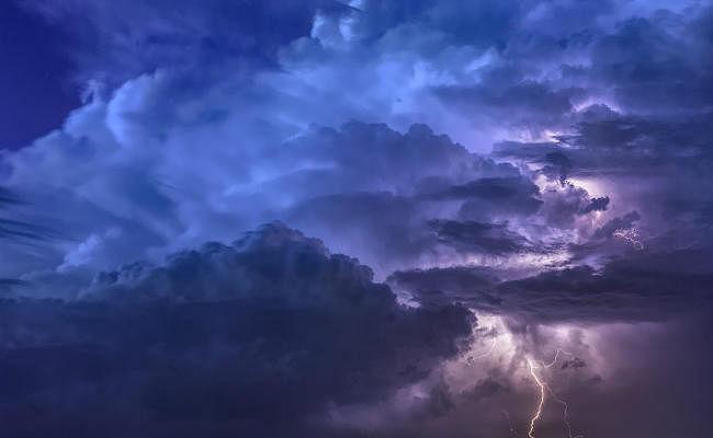 मौसम विभाग ने झारखंड में बारिश और वज्रपात की जारी की चेतावनी