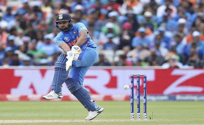 कोच राठौर ने रोहित शर्मा की तारीफ की, कहा, ''हिटमैन'' को सभी प्रारूपों में खेलना चाहिए