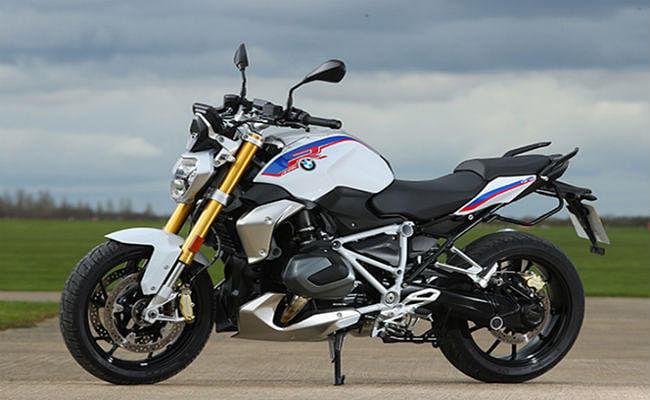 BMW लायी दो नयी धांसू मोटरसाइकिलें, कीमत 15.95 लाख से शुरू
