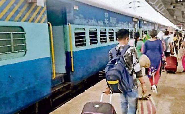 नयी दिल्ली से मुजफ्फरपुर, दरभंगा, बरौनी, सहरसा और जयनगर के लिए चलेगी फेस्टिवल स्पेशल ट्रेन