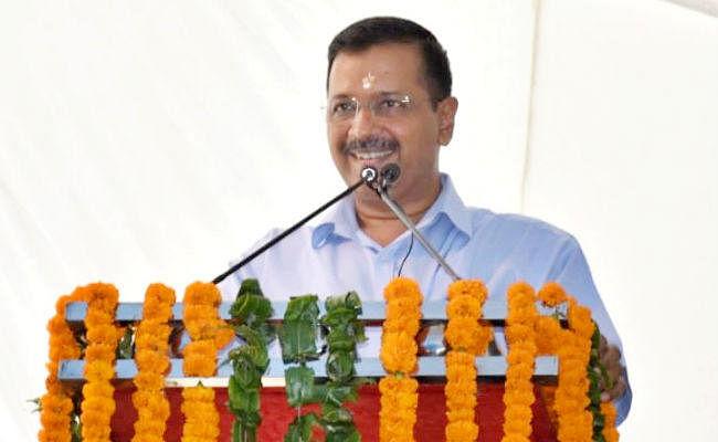 केजरीवाल के विवादित बोल, 500 में दिल्ली आकर पांच लाख का फ्री इलाज कराते हैं बिहार के लोग, भड़के मनोज तिवारी ने कहा...