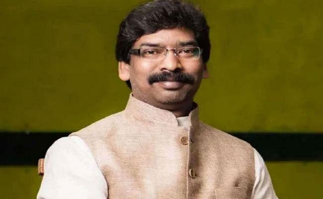 Swatantrata Diwas 2020 : रांची के मोरहाबादी मैदान में सीएम हेमंत सोरेन व दुमका में राज्यपाल द्रौपदी मुर्मू करेंगी झंडोत्तोलन