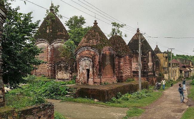 Jharkhand : मंदिरों का गांव मलुटी, मां तारा के अनन्य भक्त वामाखेपा को यहीं मिली थी सिद्धि