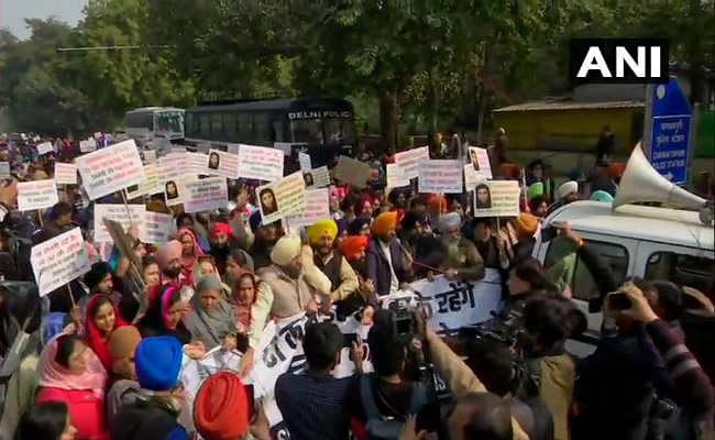 ननकाना साहिब गुरुद्वारे पर हमलाः बीजेपी औऱ अकाली दल ने कांग्रेस को CAA पर घेरा, राहुल गांधी ने कही ये बात