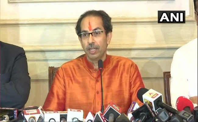 महाराष्ट्रः  उद्धव सरकार में विभागों का बंटवारा, डिप्टी सीएम अजित पवार और आदित्य ठाकरे को मिला ये मंत्रालय