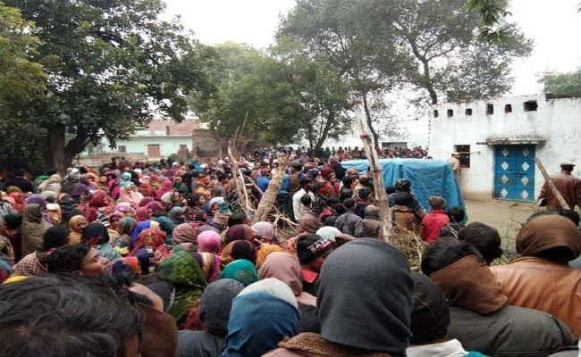 यूपीः प्रयागराज के सोरांव में एक ही परिवार के पांच लोगों की हत्या