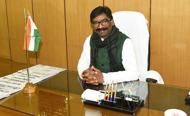 CM हेमंत सोरेन ने विधानसभा में शपथ लेने के बाद दिया 'इस्तीफा', दुमका में फिर से होगा चुनाव