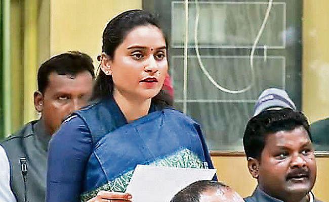 पंचम विधानसभा सत्र : 78 विधायकों में से 56 ने हिंदी में ली शपथ