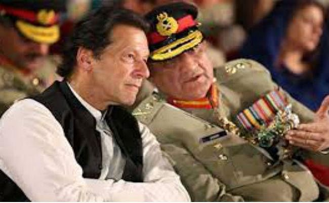 पाकिस्तान : जनरल बाजवा को मिलेगा एक्सटेंशन, विधेयक नेशनल असेंबली से पारित