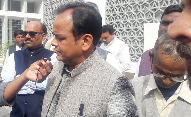 मॉब लिंचिंग के मुद्दे पर झारखंड विधानसभा ठप, इरफान बोले : बीजेपी शासन के 5 साल के सभी मामलों की जांच होगी