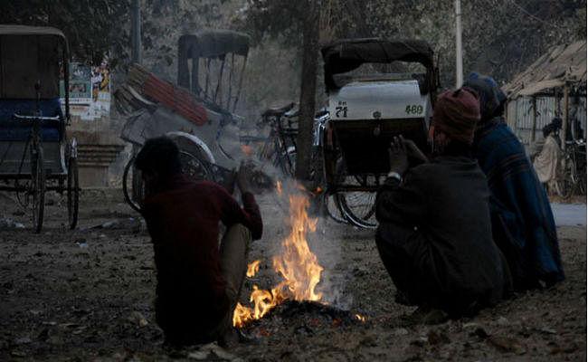 Bihar Weather Forecast : बिहार में अगले दो दिन तक छाया रहेगा कोहरा, ठिठुरन से अभी नहीं मिलेगी राहत