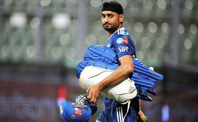 हरभजन ने कहा, लगता है भारत के लिए अब नहीं खेल पाएंगे MS धौनी