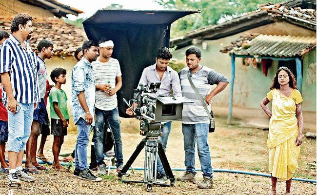 लाइट...   कैमरा...  एक्शन: नागपुरी फिल्मों में लग रहा बॉलीवुड का तड़का, विदेशों में हो रही शूटिंग