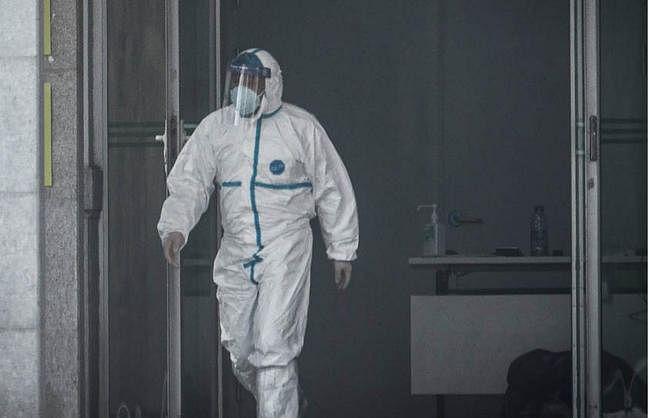 रहस्यमयी वायरस की चपेट में चीन, भारत आने वाले चीनी यात्रियों की एयरपोर्ट पर ही जांच
