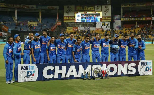 अब कोई नहीं कह सकता कि हम कमजोर आस्ट्रेलियाई टीम से खेलेः रवि शास्त्री