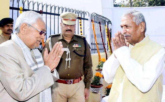 नेताजी की जयंती पर CM नीतीश ने दी श्रद्धांजलि, कहा- राजनीतिक तौर पर नहीं देखी जानी चाहिए मानव शृंखला