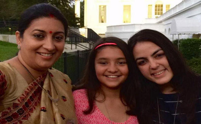 National Girl Child Day 2020: स्मृति ईरानी ने अपनी बेटियों की तस्वीर शेयर कर कही ये बड़ी बात...