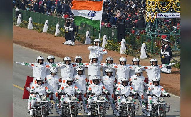 71st Republic Day : देशभर में ऐसे मनाया गया गणतंत्र दिवस, खास तसवीरें